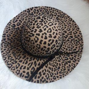 Accessories - Leopard Wide Brim Hat